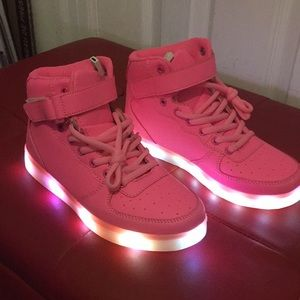 Pink shoes with interchangeable color lights